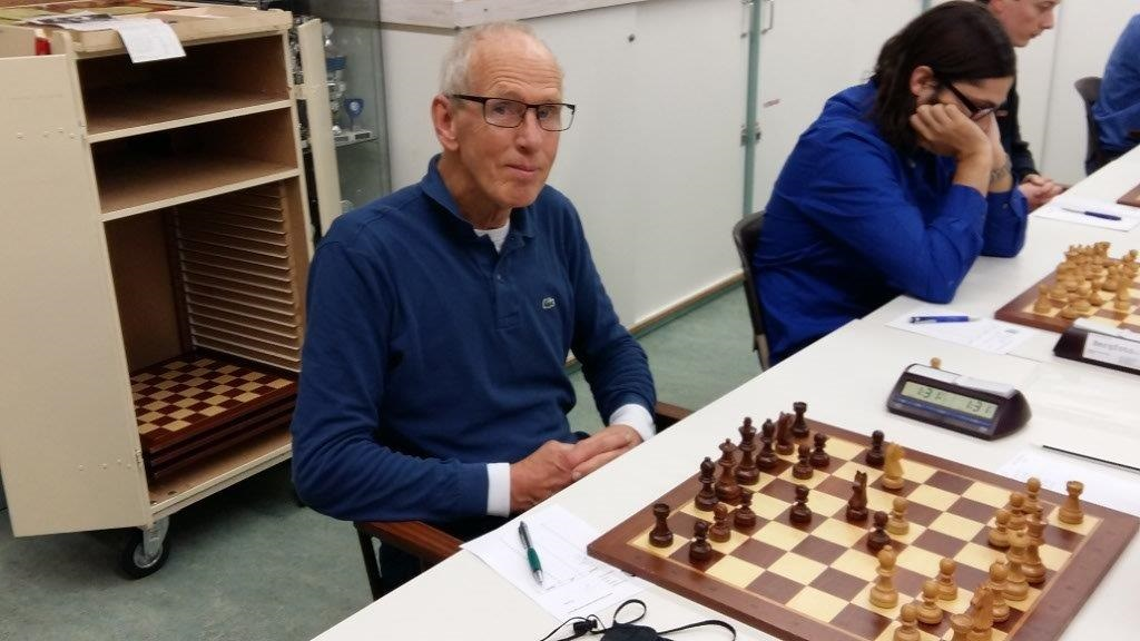 Rienk Andriessen is het schaken nog niet verleerd!