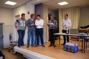 De prijswinnaars van groep 1: (vlnr) Richard Vedder (1e), Ewoud de Groote (2e) en Pascal Losekoot (3e)