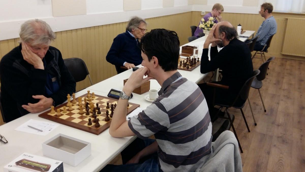 Zwart favoriet bij schakers, ook in bekerfinale